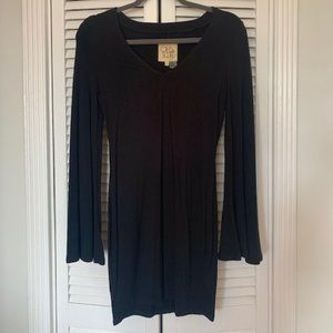 Dresses & Skirts - Black bell sleeve dress